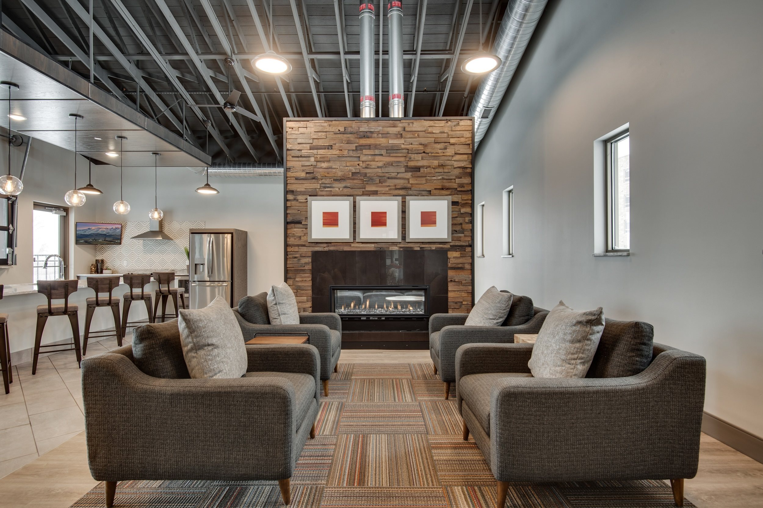 Community space with co-working areas at TRIO @ southbridge, Shakopee
