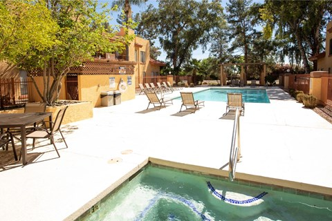Pool, Pool Patio & Spa at Copper Point Apartments in Mesa, AZ