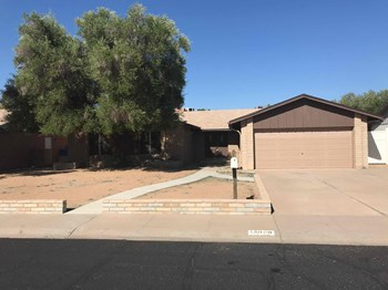 14040 N 39th Dr 4 Beds House for Rent Photo Gallery 1
