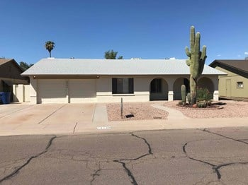2130 E Radcliffe Dr 3 Beds House for Rent Photo Gallery 1