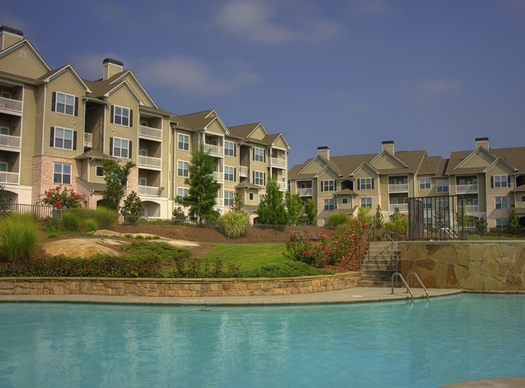 Luxury Apartments in Lithonia| Wesley Kensington Apartments | Gorgeous Pools