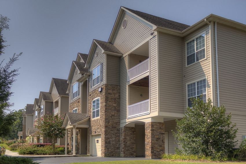 Luxury Apartments in Lithonia  Wesley Providence Apartments   Garages Available