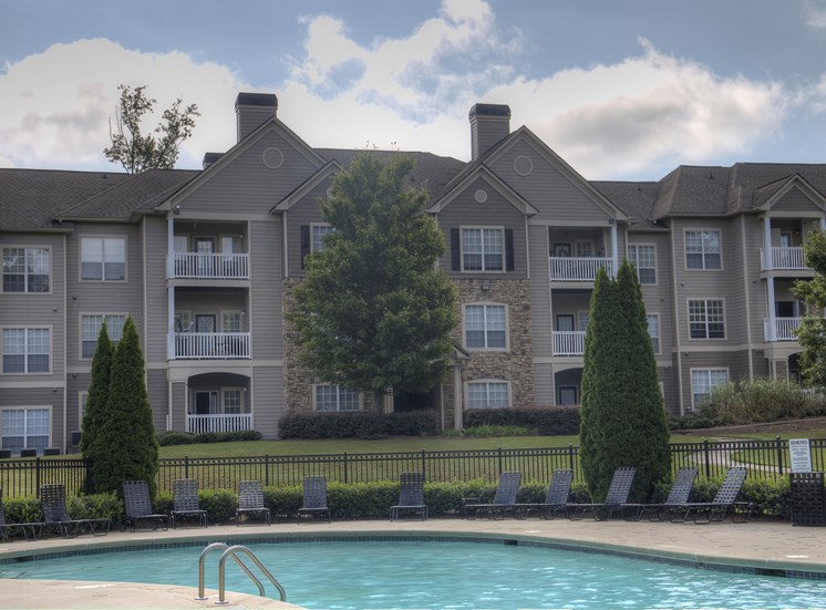 Luxury Apartments in Lithonia| Wesley Providence Apartments | Resort Style Pool
