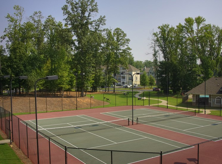 Luxury Apartments in Lithonia| Wesley Providence Apartments | Tennis Courts