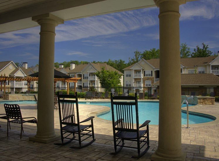 Luxury Apartments in Lithonia| Wesley Stonecrest Apartments | Escape at the Pool