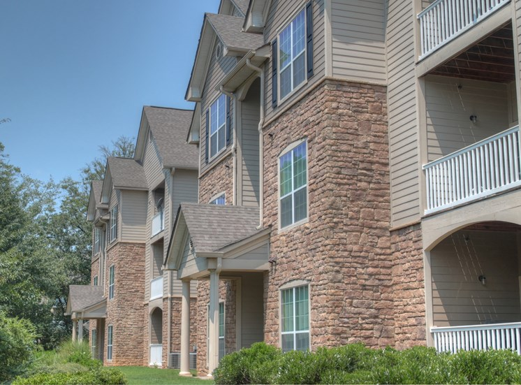 Luxury Apartments in Lithonia| Wesley Stonecrest Apartments | Patios and Balconies