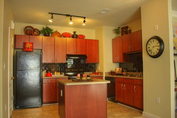 100 Wesley Stonecrest Circle 1 Bed Apartment for Rent Photo Gallery 1
