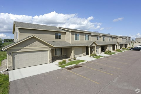 Diamond Filed Commons Townhomes