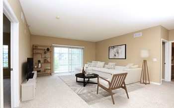 5109 S Rolling Green Drive 2 Beds Apartment for Rent Photo Gallery 1