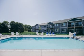 516 E Clearwater Place 1-3 Beds Apartment for Rent Photo Gallery 1