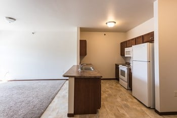 822 N Minnesota Avenue 1 Bed Apartment for Rent Photo Gallery 1