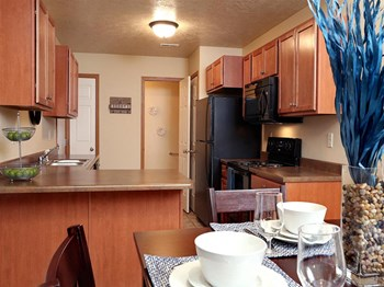 7400 S Homan Place 1-3 Beds Apartment for Rent Photo Gallery 1