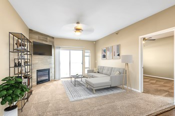 7900 East Arrowhead Parkway 1 Bed Apartment for Rent Photo Gallery 1