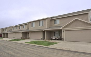7836 S Townlsey Avenue 1-3 Beds Townhouse for Rent Photo Gallery 1