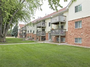 4908 W St James Place 1-3 Beds Apartment for Rent Photo Gallery 1
