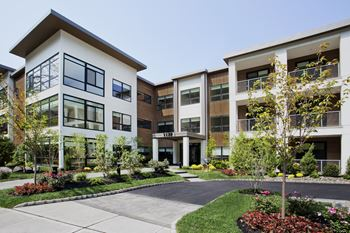 1177 Warburton Ave 1-3 Beds Apartment for Rent Photo Gallery 1