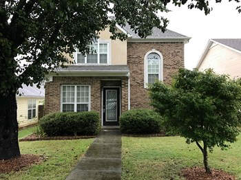 140 Warwick Cir 3 Beds House for Rent Photo Gallery 1