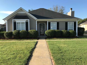 182 CEDAR BEND 3 Beds House for Rent Photo Gallery 1