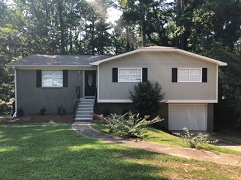 5200 Goldmar Dr 3 Beds House for Rent Photo Gallery 1