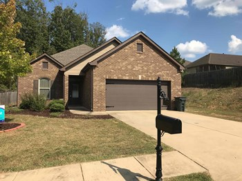 6705 DEER FOOT Dr 3 Beds House for Rent Photo Gallery 1