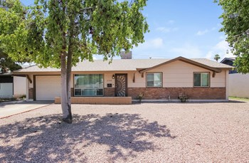 2529 W SWEETWATER Ave 3 Beds House for Rent Photo Gallery 1