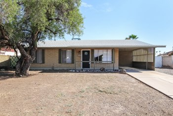 3233 W SAHUARO Dr 3 Beds House for Rent Photo Gallery 1