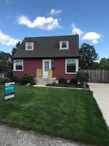 429 W AVERY St 3 Beds House for Rent Photo Gallery 1