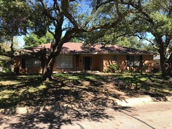 3736 Ashford Ave 4 Beds House for Rent Photo Gallery 1