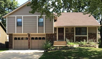 1908 E Mohawk Dr 4 Beds House for Rent Photo Gallery 1