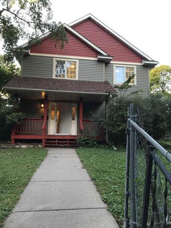 3523 Newton Ave N 4 Beds House for Rent Photo Gallery 1