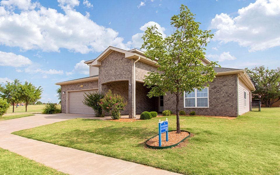 Falcon - Altus AFB Homes