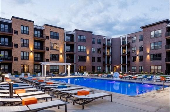 610 West Apartments 6717 Oak Grove Pkwy Brooklyn Park Mn Rentcafe