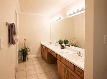 3661 Airport Blvd. 1-3 Beds Apartment for Rent Photo Gallery 1
