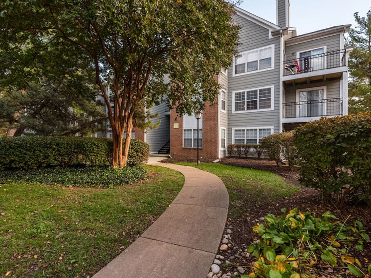 Pathway leading to The Edgewood apartments in Alexandria, VA 22315