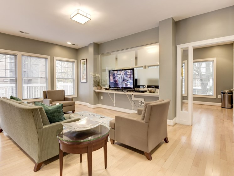 Spacious resident lounge with TV at The Edgemoore apartments in Alexandria, VA 22315