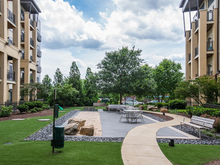 Gardens With Courtyard at Flats at Atlas, Washington