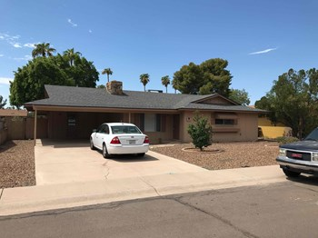 2620 S HOLBROOK Ln 4 Beds House for Rent Photo Gallery 1
