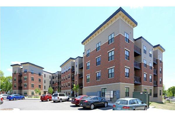 Kingston Village Apartments 600 2nd Street Sw Cedar