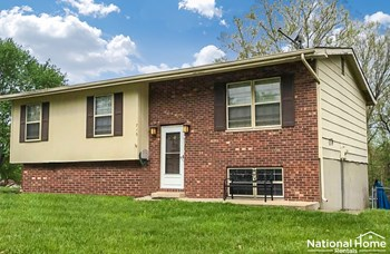 715 Vera Dr 3 Beds House for Rent Photo Gallery 1