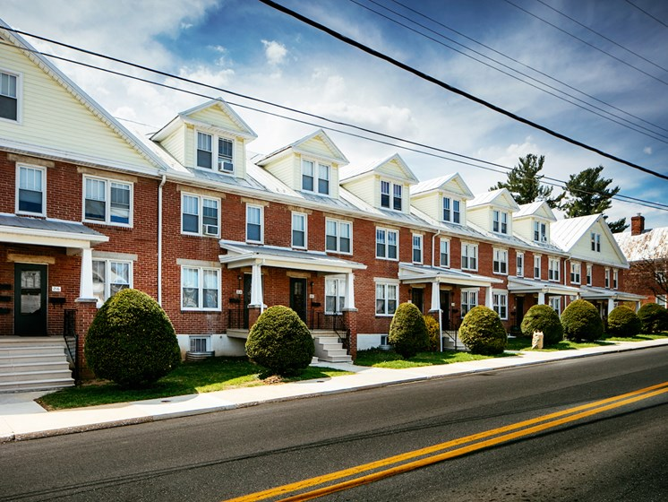 Convenient Location at Green Street Crossing, Maryland, 21157