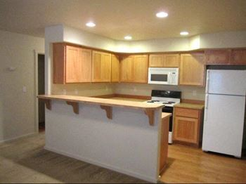 439 25th Street NW 2-3 Beds Other for Rent Photo Gallery 1