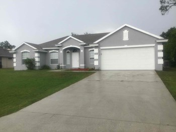 113 SW Pilsner Circle 4 Beds House for Rent Photo Gallery 1