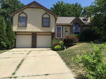 6513 NW Gilly Dr 3 Beds House for Rent Photo Gallery 1