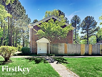 2600 Stratford Ln 3 Beds House for Rent Photo Gallery 1