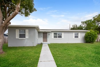 878 Crawford St 3 Beds House for Rent Photo Gallery 1