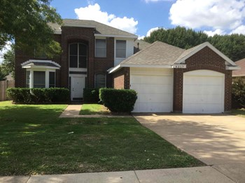 4317 Fairmont Dr 3 Beds House for Rent Photo Gallery 1