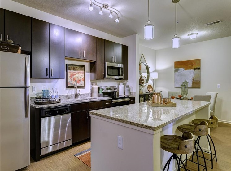 Luxury Apartments in Louisville KY-Springhouse Apartments Kitchen