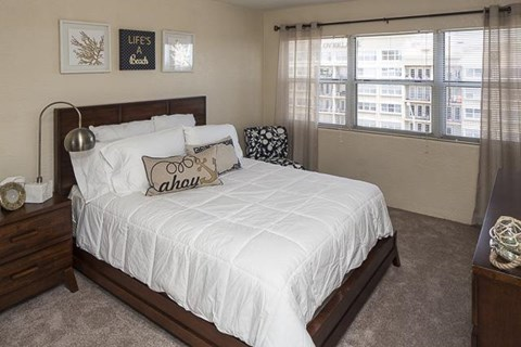 The Overlook at Daytona Apartment Homes|Bedroom