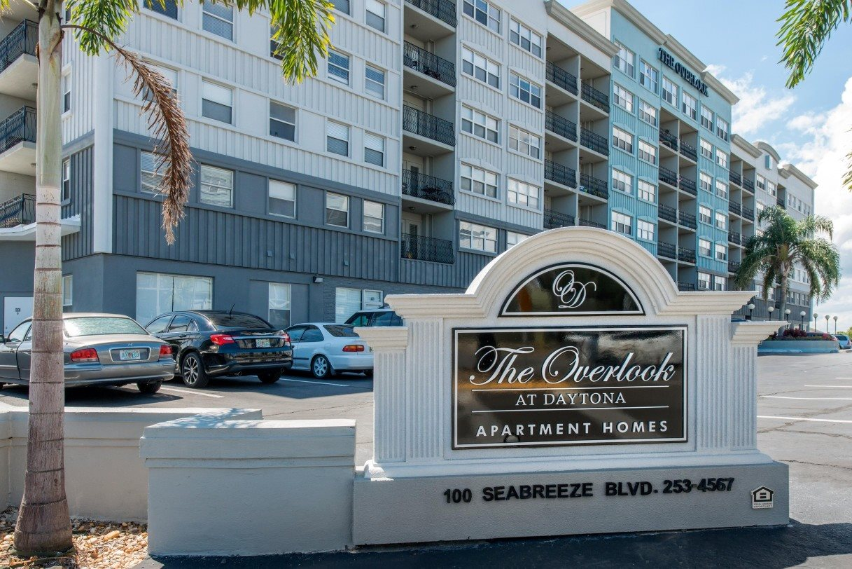 The Overlook at Daytona Apartment Homes|Entrance
