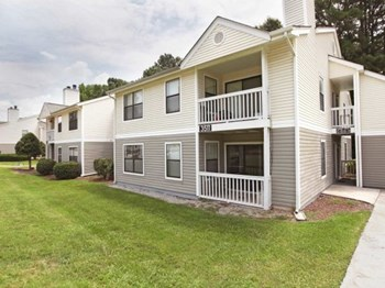 3501 Century Oaks Rd 1-3 Beds Apartment for Rent Photo Gallery 1